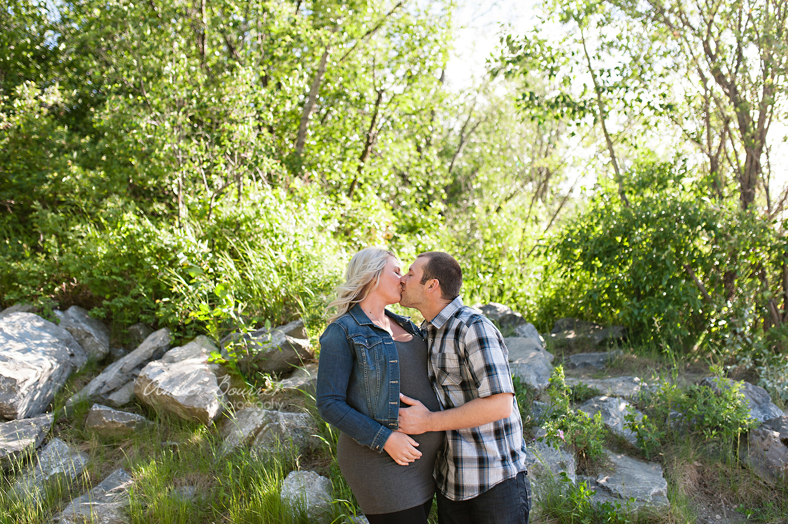 jr red deer maternity photographer (11)