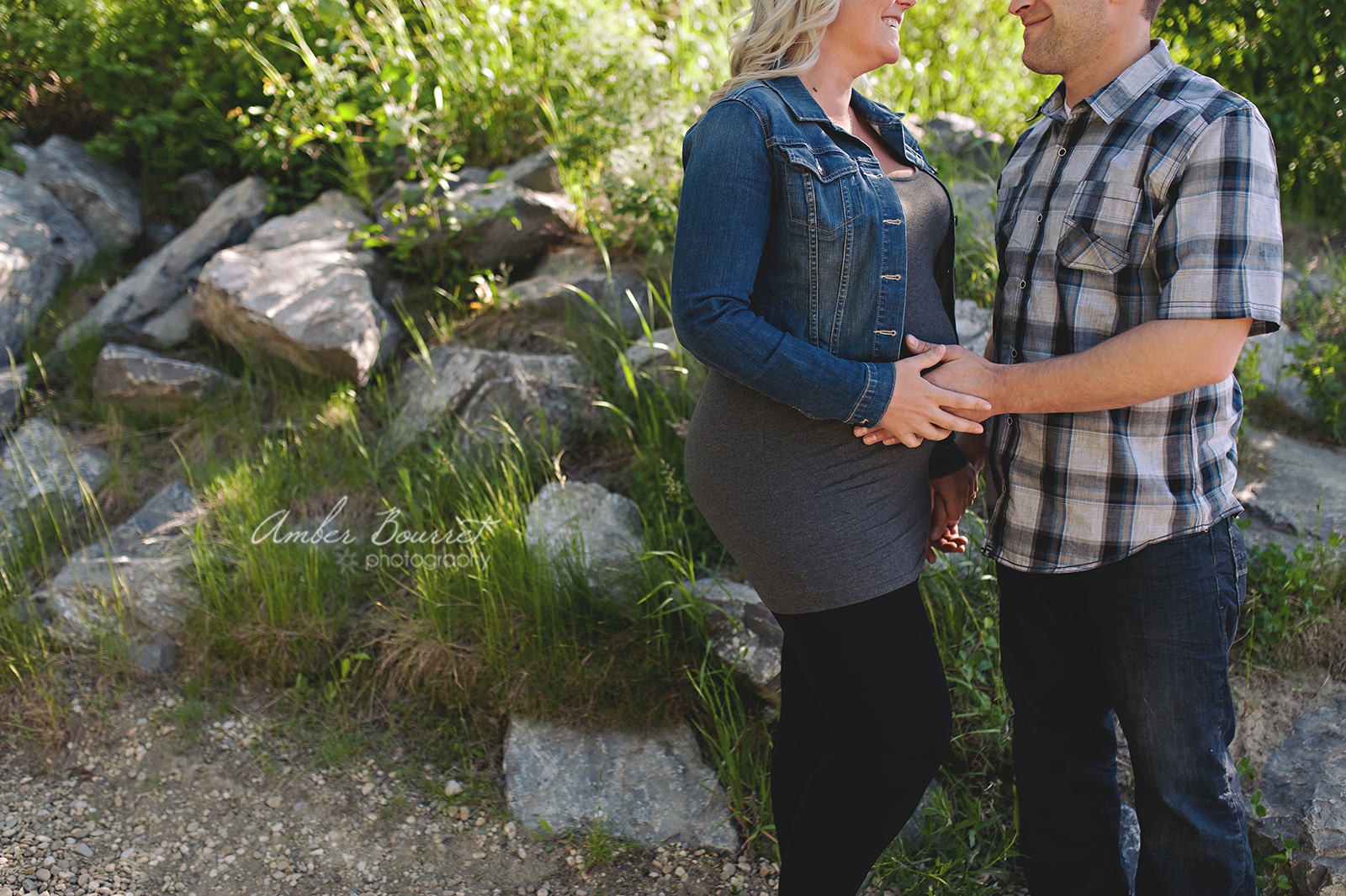 jr red deer maternity photographer (12)