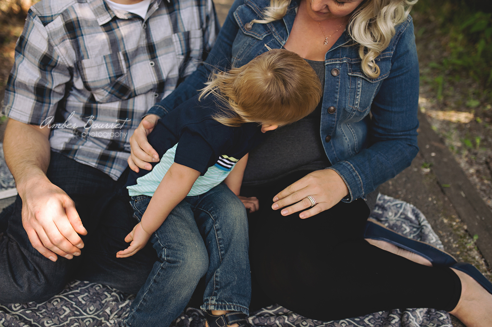 jr red deer maternity photographer (40)