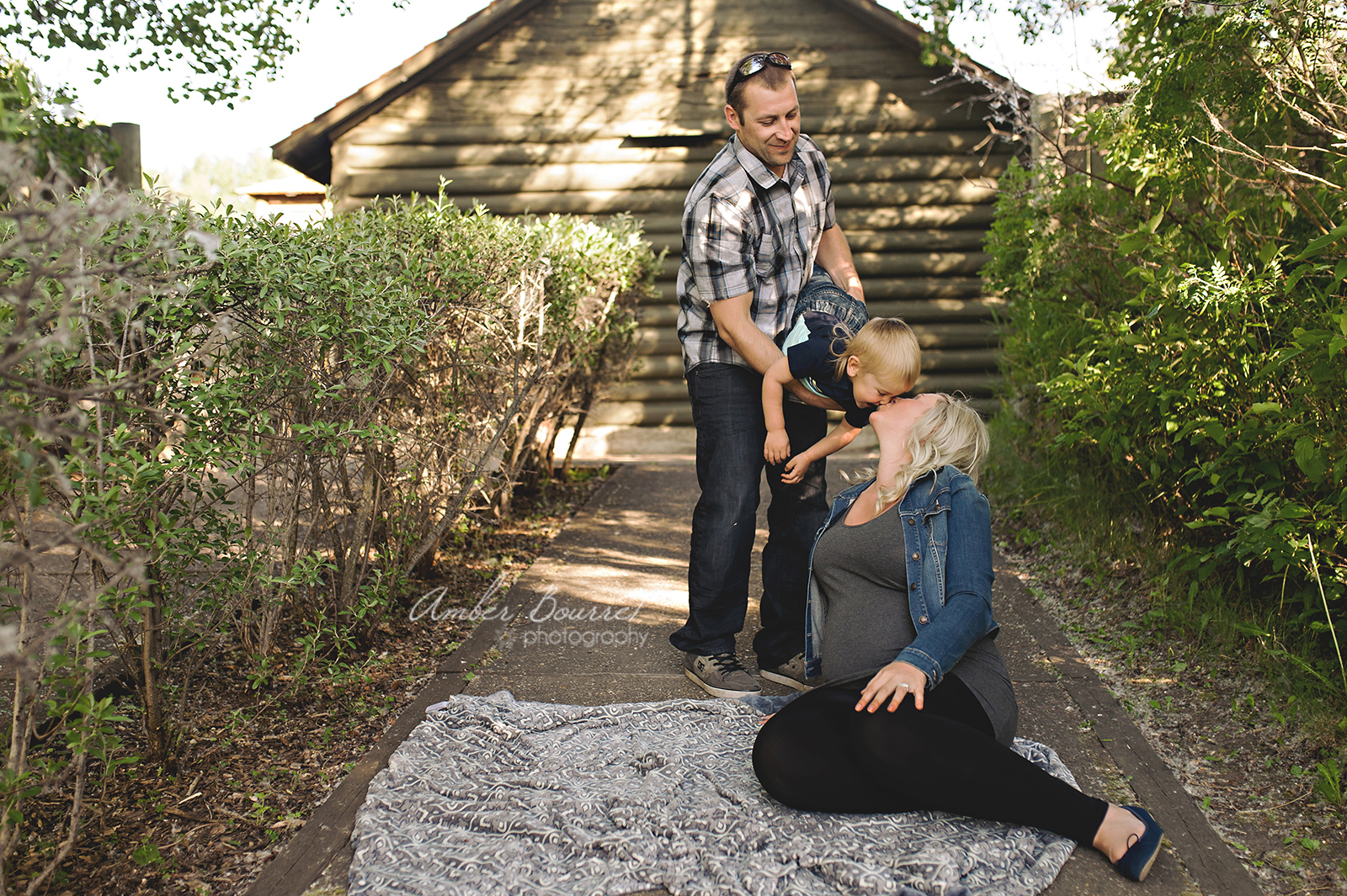 jr red deer maternity photographer (48)