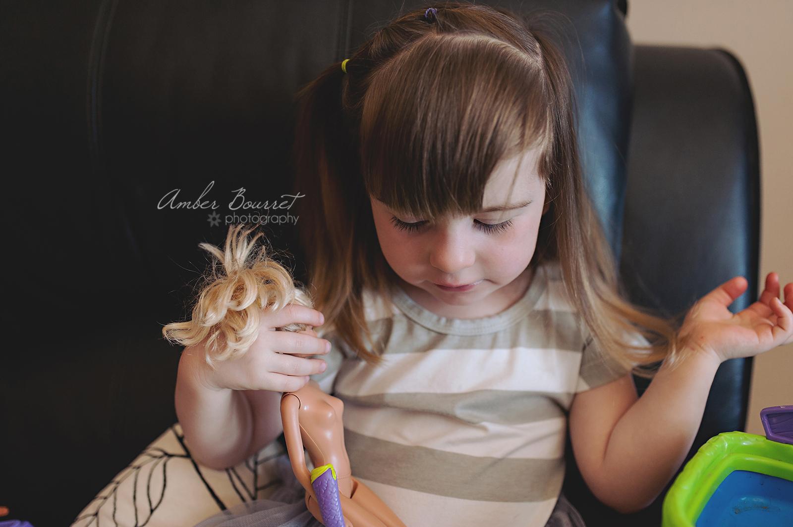 Alysa Newborn Photographers in Red Deer (4)