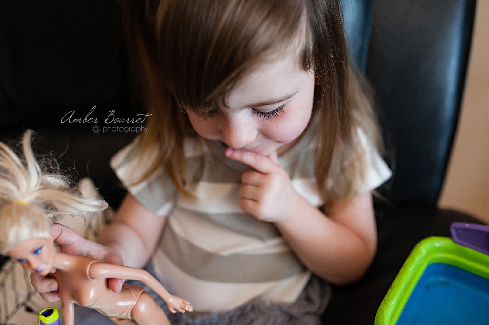 Alysa Newborn Photographers in Red Deer (5)