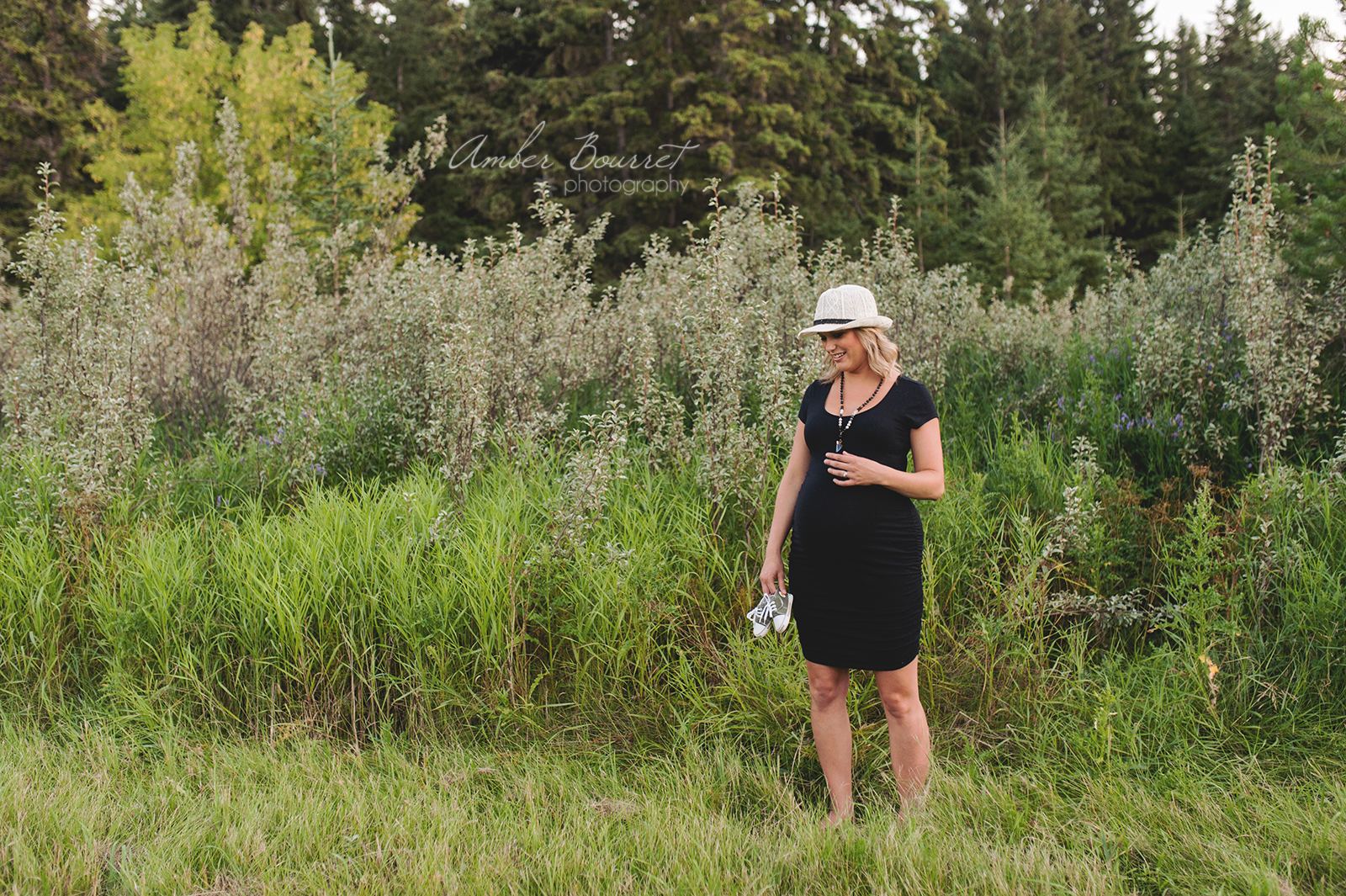 sm red deer maternity photographer (21)