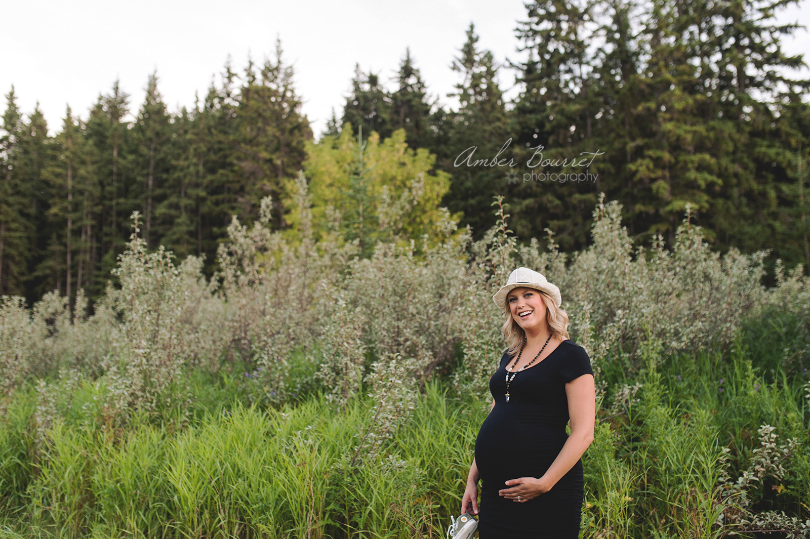 sm red deer maternity photographer (22)