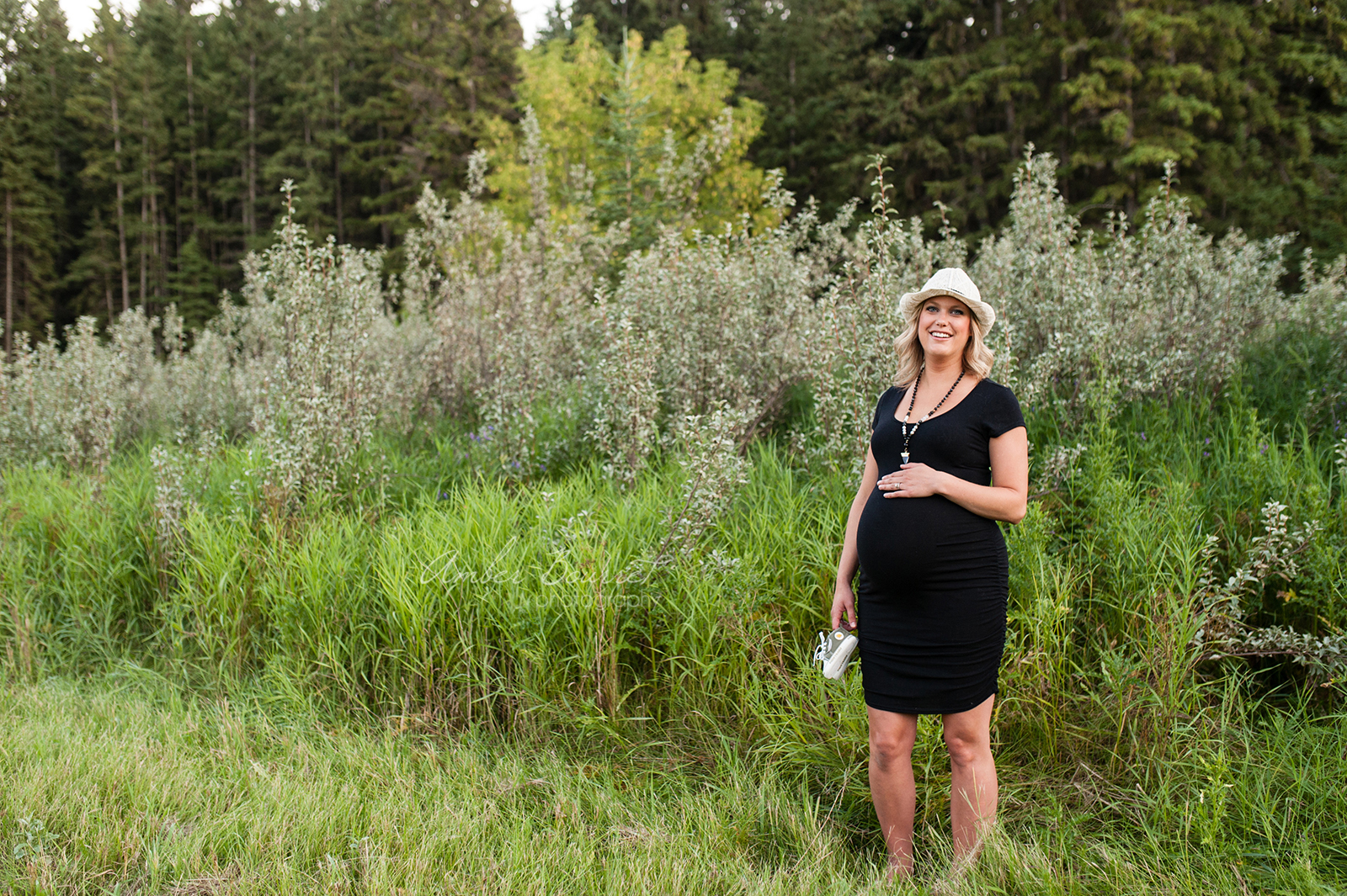 sm red deer maternity photographer (23)